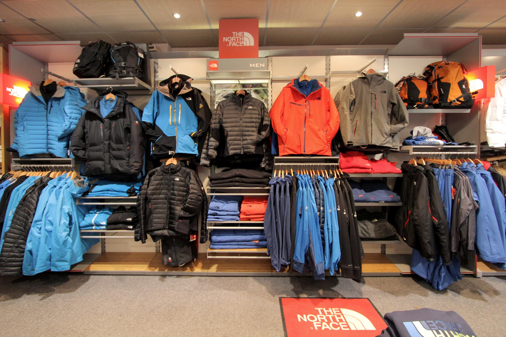 Corner the north face Dode Sports 4